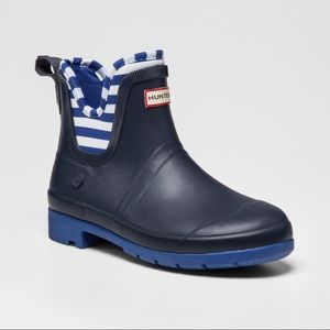 Hunter x Target navy blue Chelsea boots youth 3